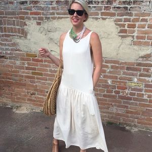Summer white maxi dress small